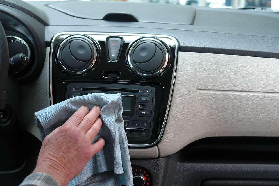 autoaufbereitung innenraumpflege